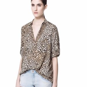ZARA Basic leopard animal print button down blouse